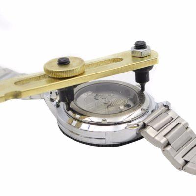 כלי עבודה לתיקון שעונים - פותחן כיסוי לשעון