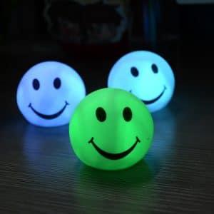 מנורת לילה מחליפה צבעים לחדרי ילדים חדרי שינה לוקו0ט