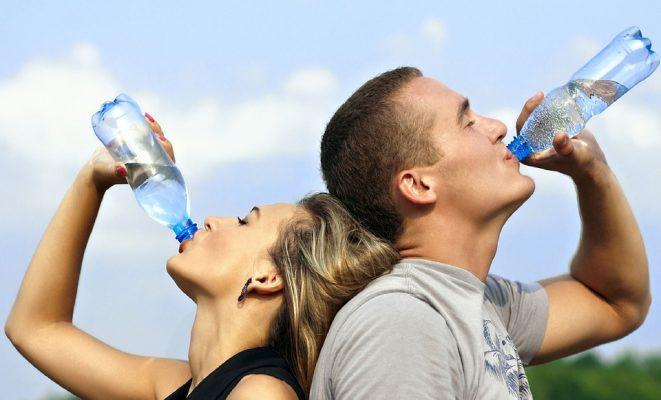 למה חשוב לשתות מים, ולא רק בקיץ? טעויות נפוצות בלוג-קו0ט, לוקו0ט