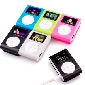 נגן MP3 קטן – עם צג – תומך כרטיס זכרון עד 32GB