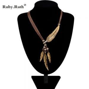 שרשרת רצועות לנשים - עם נוצות, חרוזים ואבנים משובצות - סגנון כסף / זהב