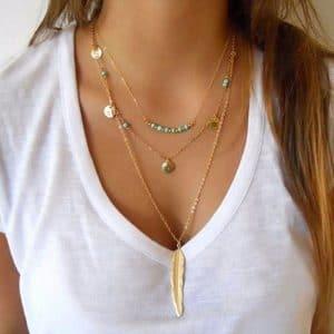 שרשרת משולשת לנשים - נוצה ואבנים - סגנון כסף וזהב