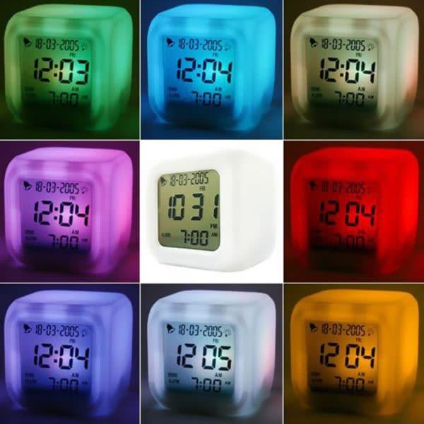 שעון מעורר קוביה - דיגיטלי - מידע על הטמפרטורה - עם 7 צבעים זוהרים
