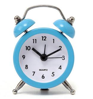 שעון מעורר נוסטלגי - קטן - מגיע בשישה צבעים לוקו0ט קונים בחכמה באינטרנט