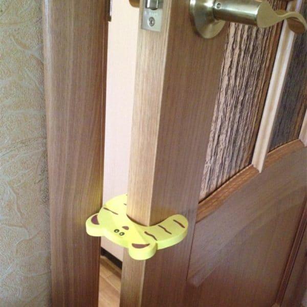 מגן לתינוקות - ממעקה בטיחות - דלתות חדר ילדים