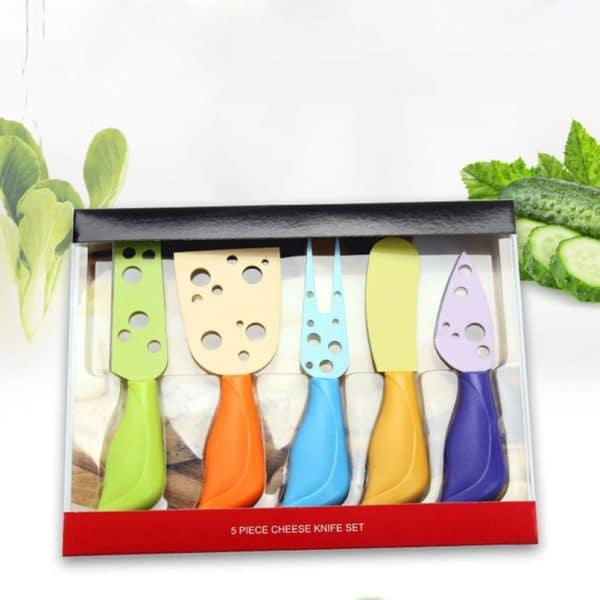סט של 5 כלים למטבח - 4 סכינים - לקקן ומזלג