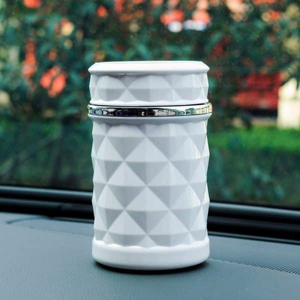 מאפרה קטנה לרכב - משמש כפח קטן - לוקו0ט