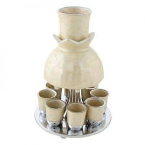 כוס קידוש -מעוצב -מתנה נפלאה - מחלק יין לשמונה כוסות - צורת רימון