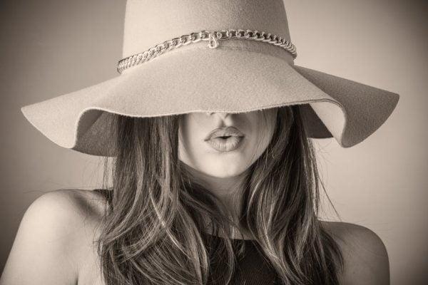 כובעים לנשים – מעוצב - מיוחד לקיץ - לקניה בלוקו0ט